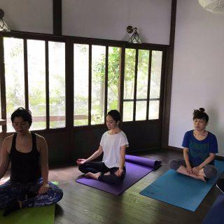 第1回目のWorkationトライアル企画の模様です。Thinkspaceにてヨガ瞑想セッション